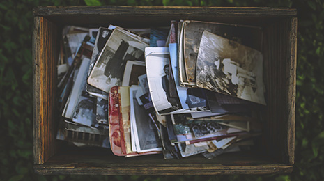 suitcase-of-photos